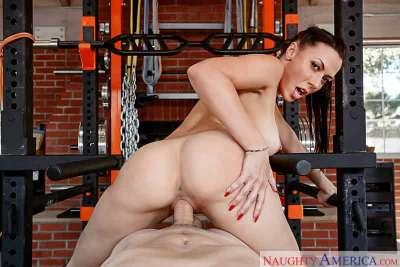 Rachel Starr & Van Wylde in Naughty America