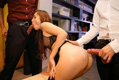 Elle Rose – Screwed in front of her husband