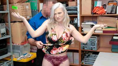Shoplyfter – Emily Right – Case No. 4207854