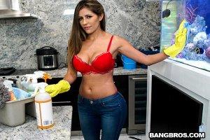 Porn Makes Housekeeper Fuck Alexa Vega