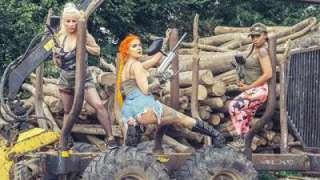 Alexxa Vice – Paintballers