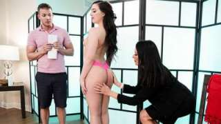Whitney Wright, Reagan Foxx – Trying Out The New Masseuse