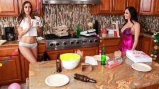 Post-Party Cleanup Ariella Ferrera, Desiree Dulce