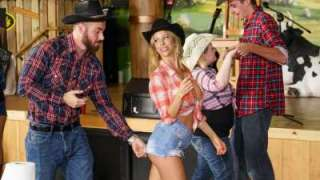 Alexis Fawx Reality Kings – Honey Tonk Hottie